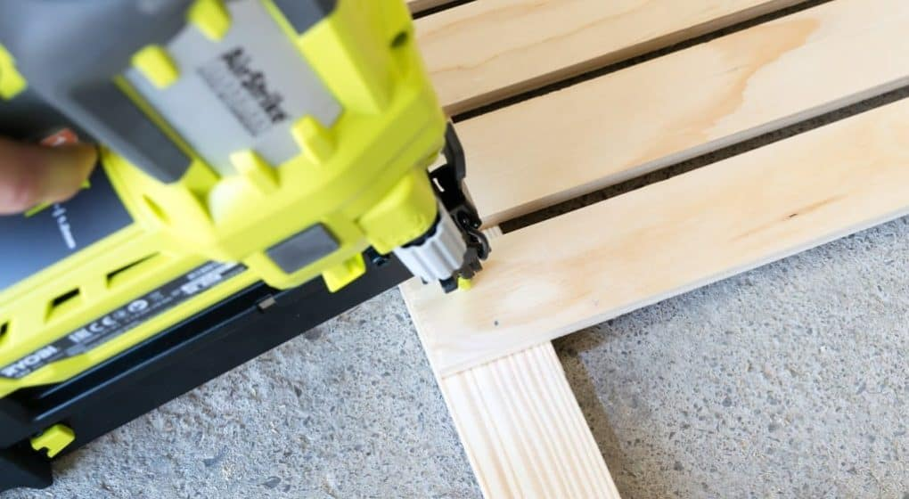 how to use a finish nailer